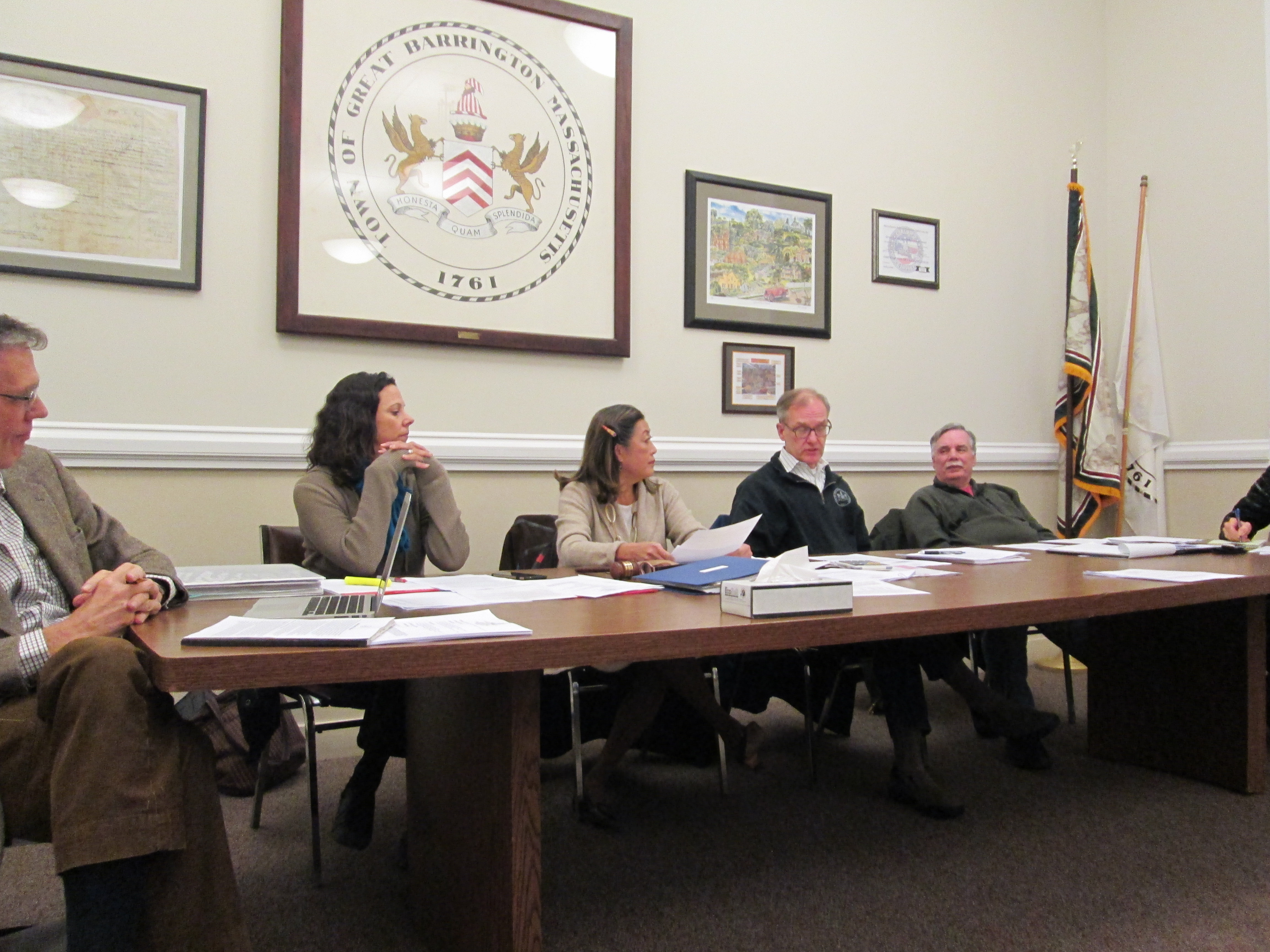 The Great Barrington Finance Committee voted 3-2 to support the petition to reorganize the regional school district.