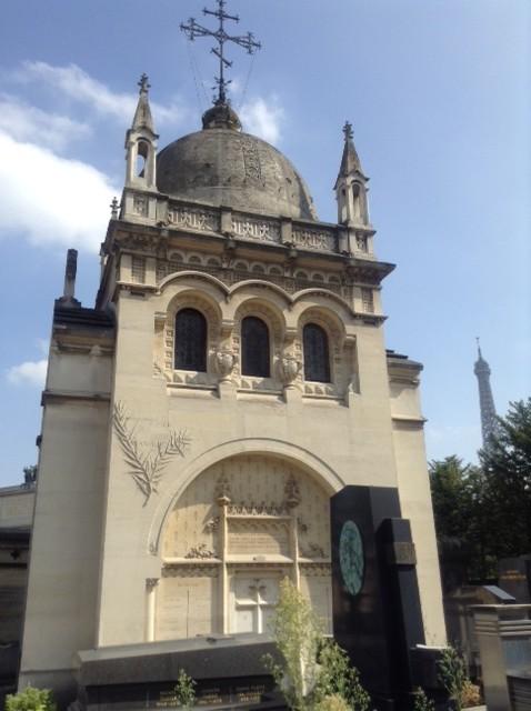 Marie Baskirtseff's mausoleum: Moscow on the Seine. Photo by Joan Schenkar.