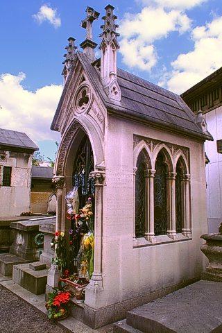 Renee Vivien's neo-Gothic tomb.