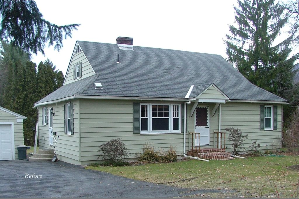 The front of the house, before renovation.