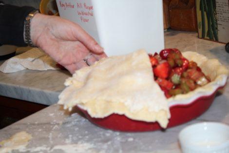 shaping crust