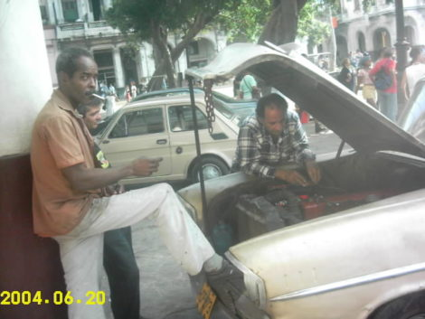 Cuban mechanics at work (some say the best mechanics in the world!) Photo: John Aronoff
