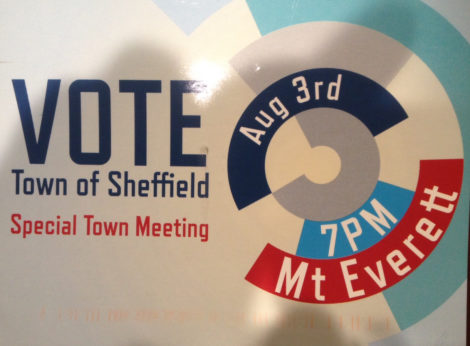 The face of a postcard sent out by an unidentified group seeking to overturn the May 4 annual town meeting vote that established an elected Finance Committee.