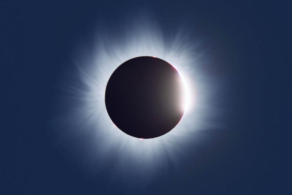 Diamond ring eclipse
