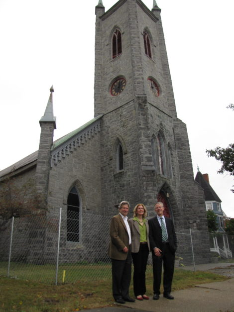 Fred and Sally Harris, at left, with Bob Jaeger, president of Partners for Sacred Places in 2010.