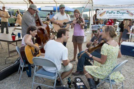 Oldtone Roots Music Festival informal Jam. Photo: Juris Mardwig