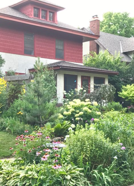 This sweet house has taken on a new life, as its traditional front lawn has given way to hydrangeas and ornamental grasses and comes into its own in midsummer. I imagine the owners just gave away their lawnmower, relieving themselves of the weekly lawn chores, and traded it in for a garden hoe.