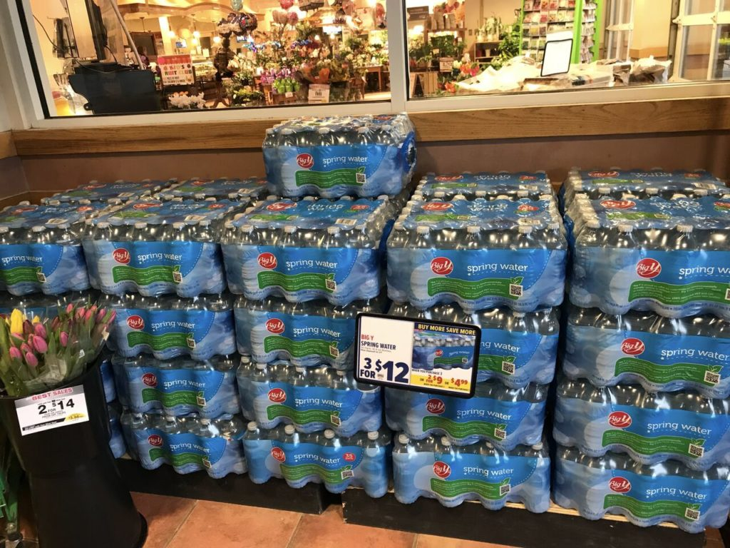 Proposed Plastic Water Bottle Ban Generates Fierce Support And Opposition Among Merchants The Berkshire Edge