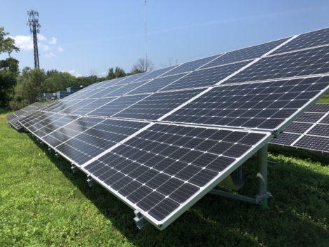 Legislators compromise on clean energy legislation; net metering cap for solar left unchanged