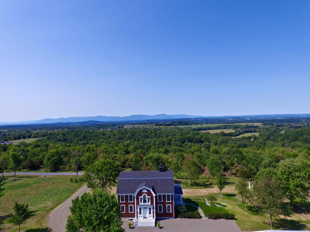 Homes with Spectacular Views!