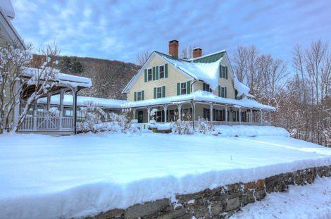 Homes for Wonderful Winter Gatherings!