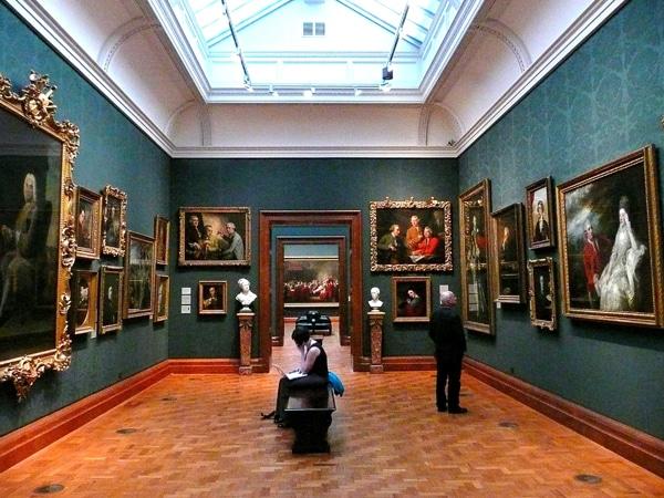 Une salle à la National Portrait Gallery, Londres.